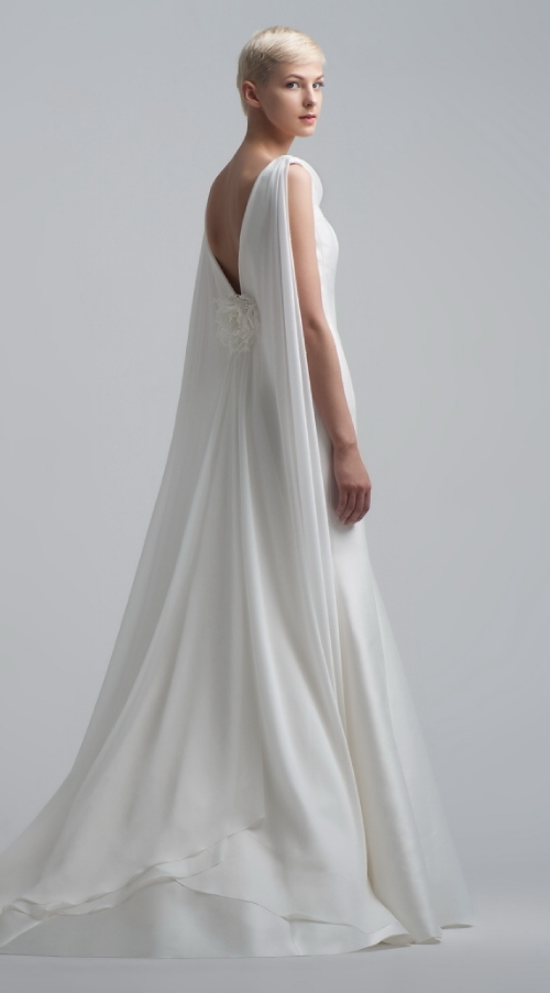 Преимущества платьев с открытой спиной на свадьбу