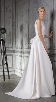 Свадебные платья арт-подиум
